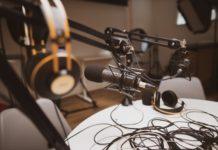 podkasti-koje-bi-trebalo-da-pratite